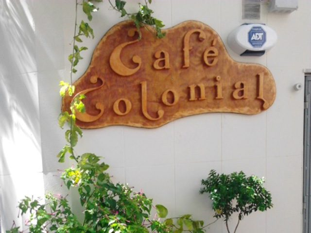 Cafe-Colonial-1